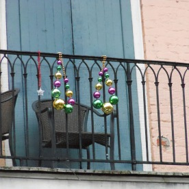 14-French_quarter_necklaces-2013-02-28