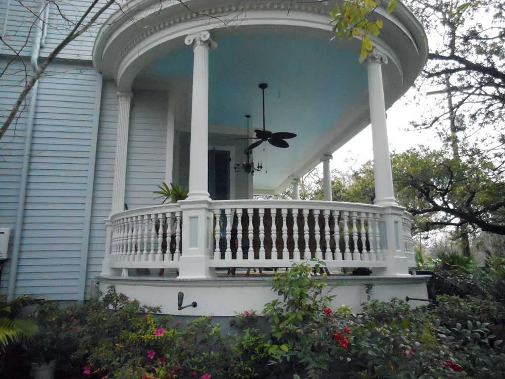 The Garden District In The Crescent City Christine M Grote