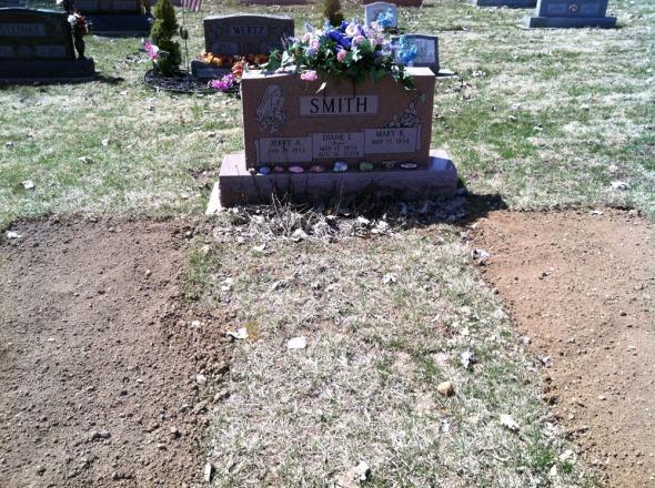 02-gravesite-2013-04-04