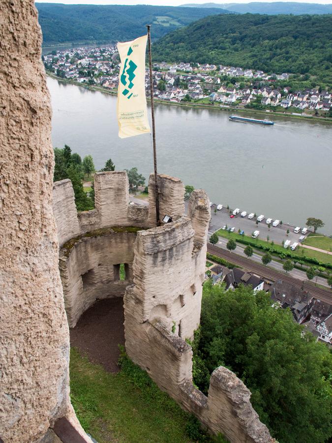 Marksburg_castle-2014-08-03-13-sm